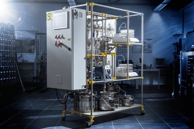 Laboratory-Phenol-Adsorption-Reactor (LPAR)