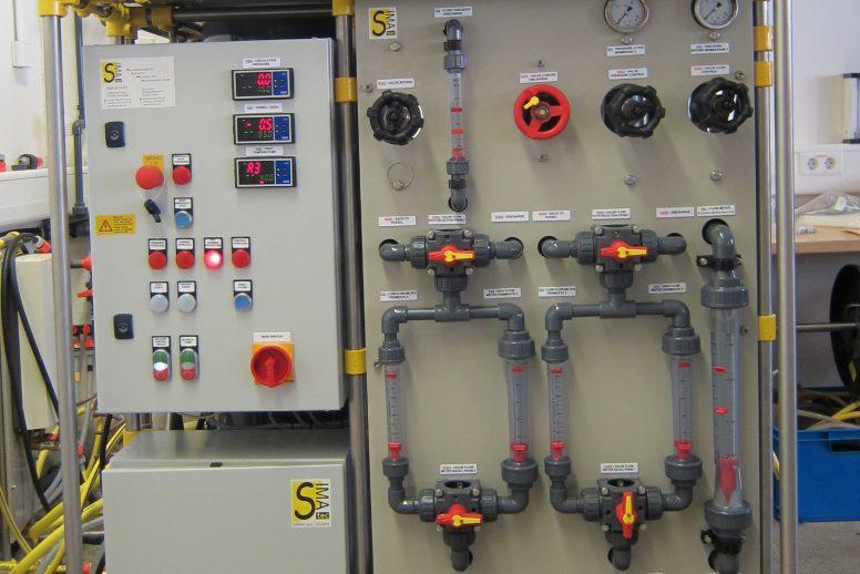 Handgesteuerte Membrantestanlage für Pilotversuche (PSta15-2)